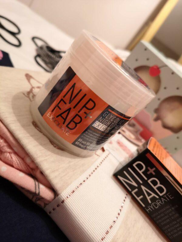Диски с гликолевой кислотой Nip+Fab Glycolic Fix Night Pads Extreme